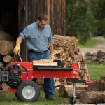 How to use a log splitter